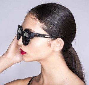 lady wearing shades